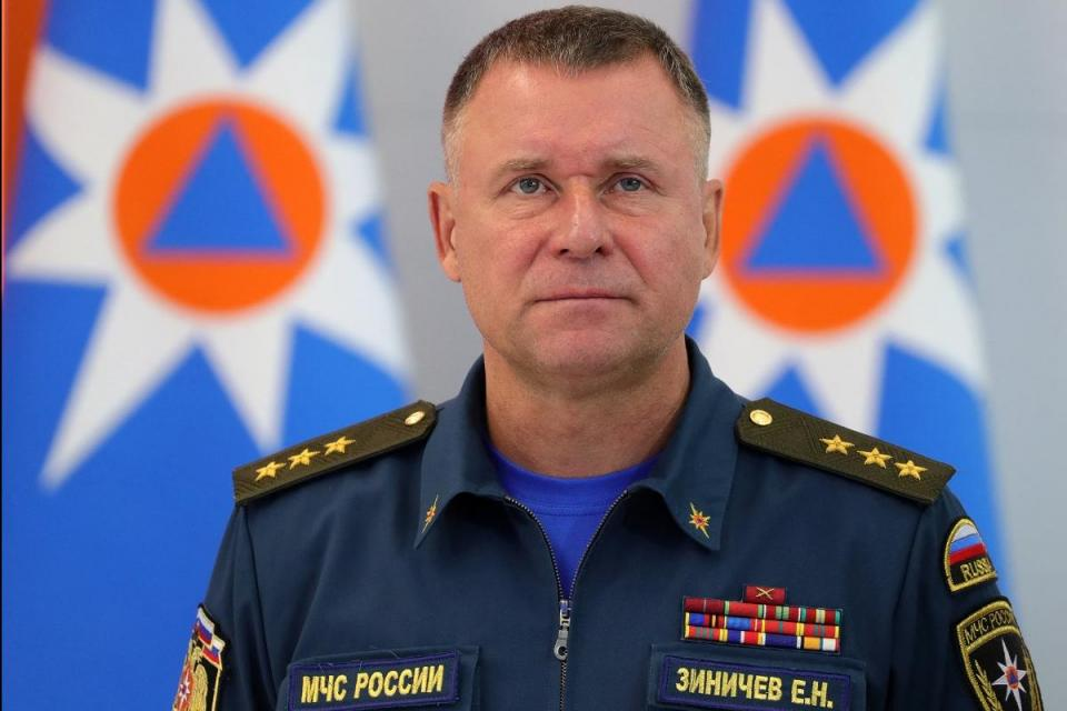 Russian minister dies trying to save man during Arctic drills
