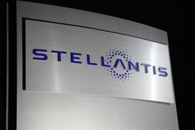 Carmaker Stellantis shrugs off COVID-19 to lift sales in Q1