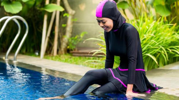 United Nations lauds suspension of France's burkini ban