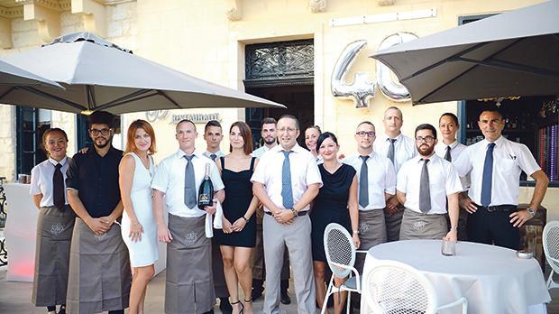 The restaurant's team.