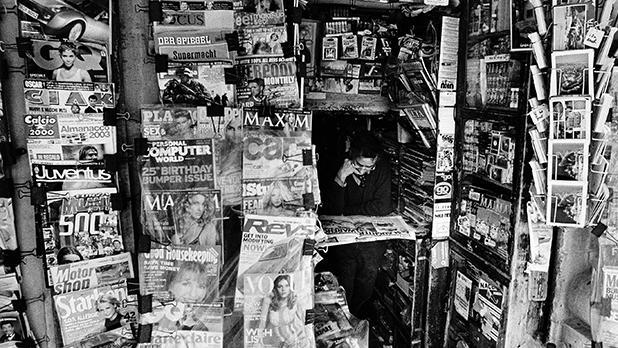 Merchant Street (April 2003).