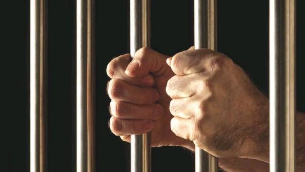 should prisoners have rights Do convicted criminals deserve human rights since they willingly deprive someone of theirs yes, they do in my opinion ironically, the prisoners who have their rights protected best are those who we consider the most heinous.