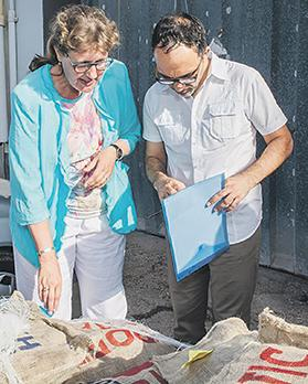 Dutch producer of Potatoes Go Wild project Froukje de Jong-Krap with Inizjamed coordinator Adrian Grima looking at the specially-designed potato bags.