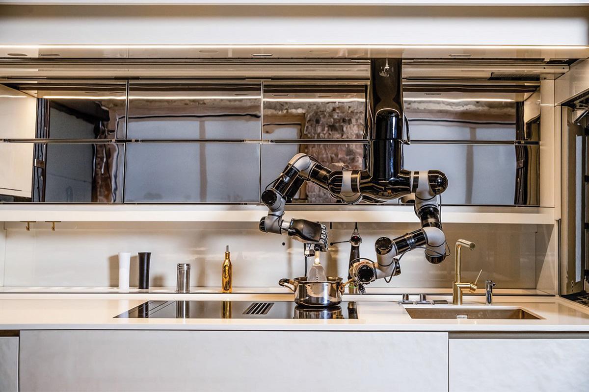 The Moley Robot in action. Photo: Facebook