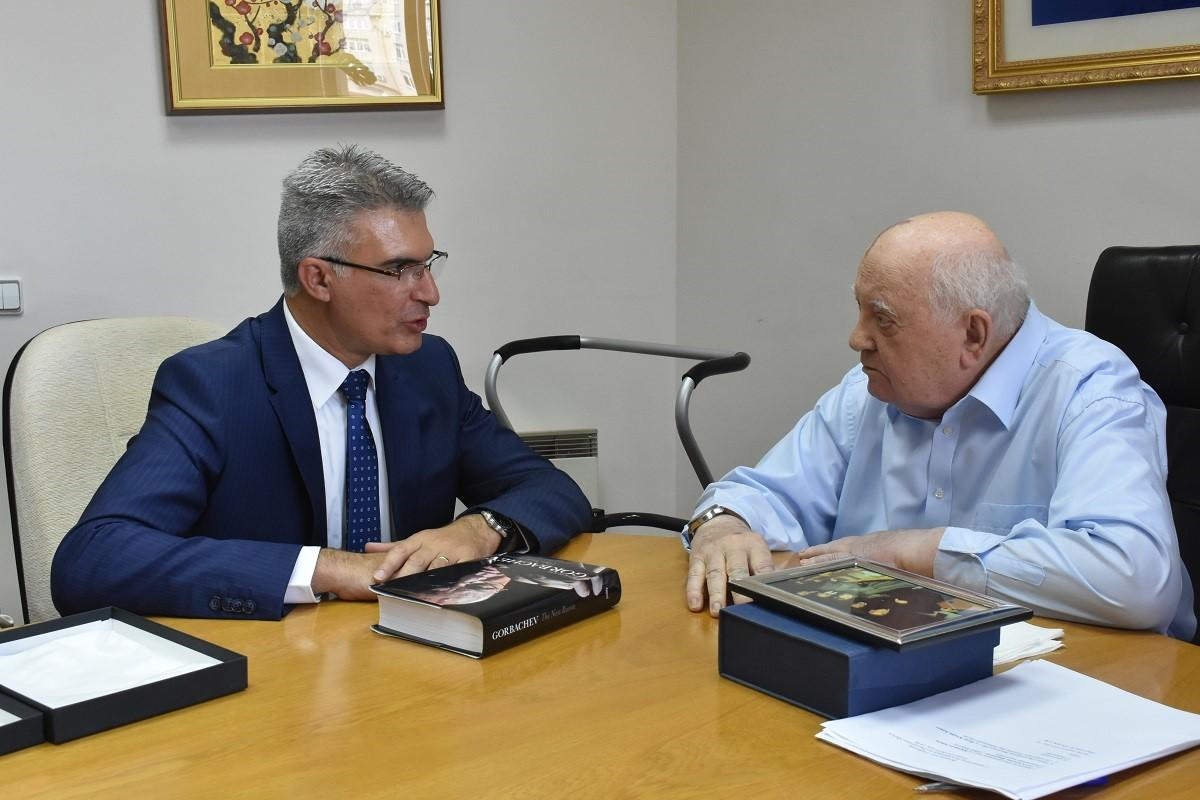 Mr Abela meets former President Gorbachev.