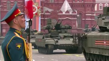 Putin hails military might on WWII Victory Day