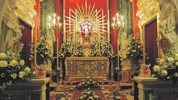 The altar of repose at Senglea basilica on Maundy Thursday.