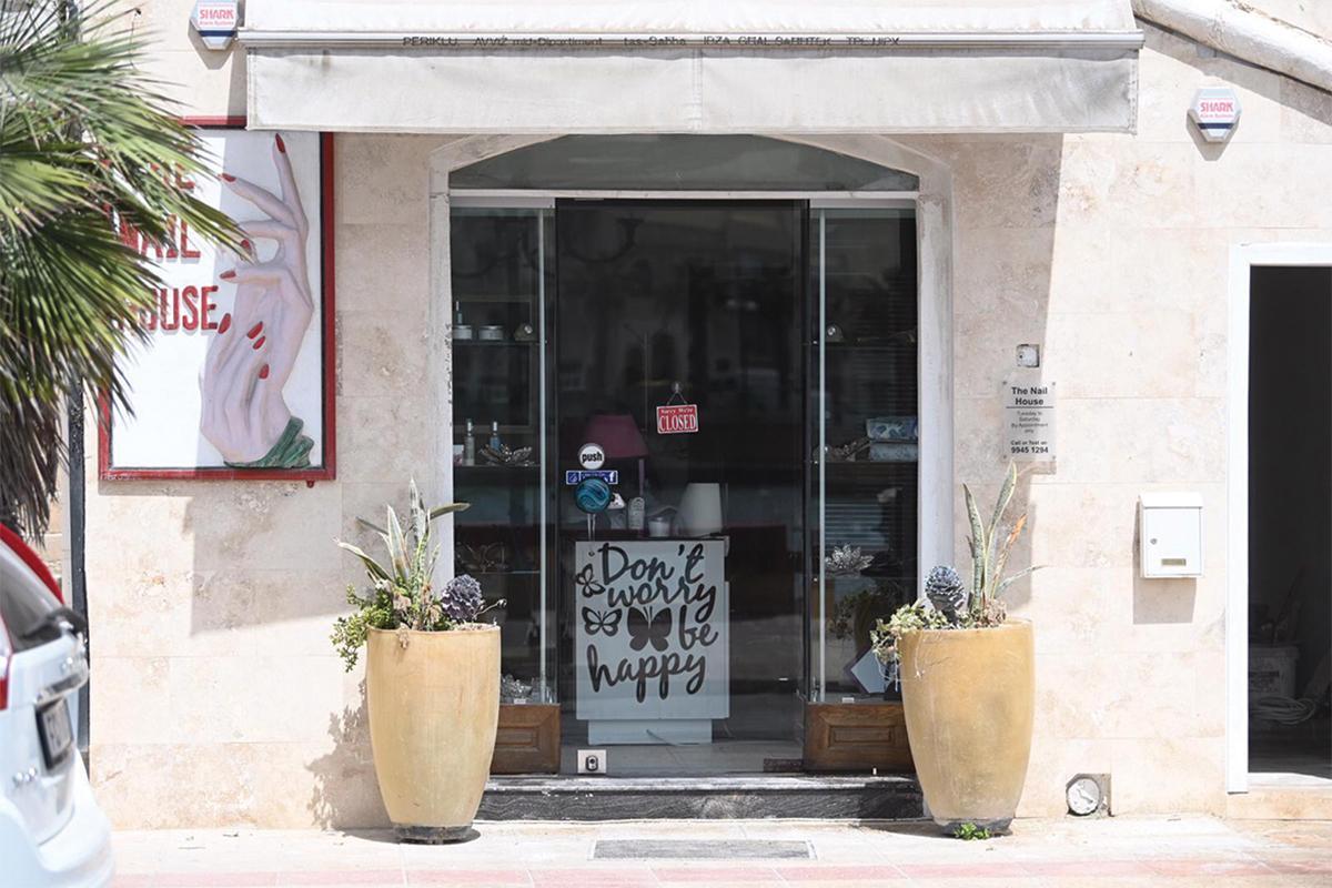 The majority of salons will open today. Photo: Mark Zammit Cordina