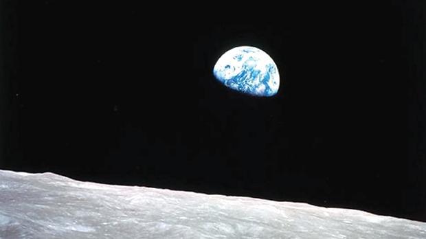 Earthrise. Photo taken by the Apollo 8 crew, December 1968. NASA.