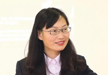 Prof. Li Zhengya from the 14th China Medical Team.