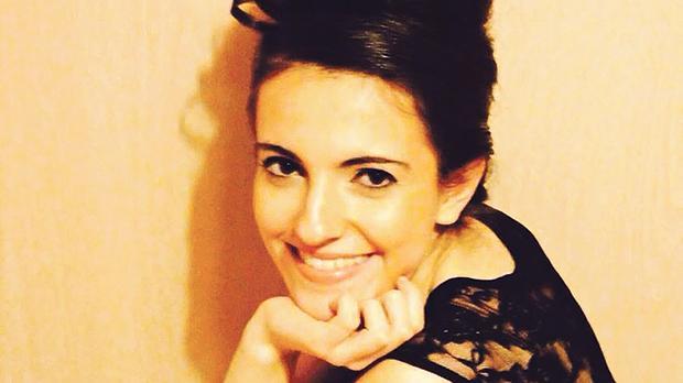 Singer Annalì