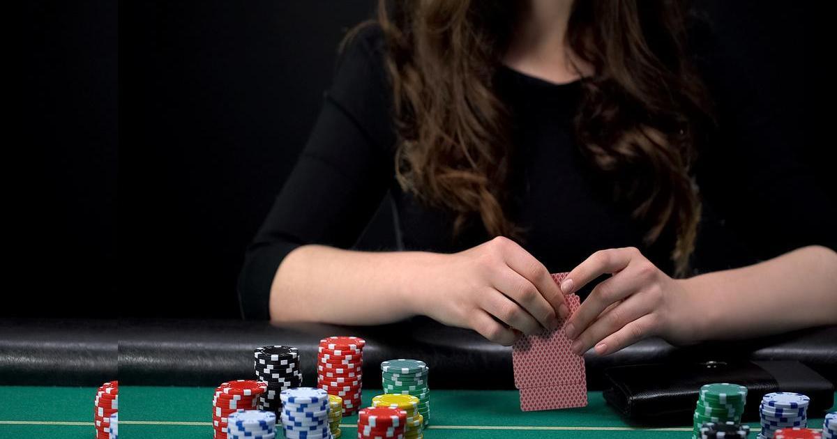 Live poker hands per hour minutes