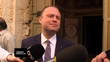 Muscat: The people will decide if Panama is case closed. Evarist Bartolo: mutual respect for Konrad Mizzi