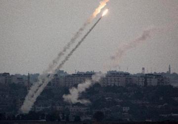 Israeli jets strike Gaza after rocket lands in Beersheba