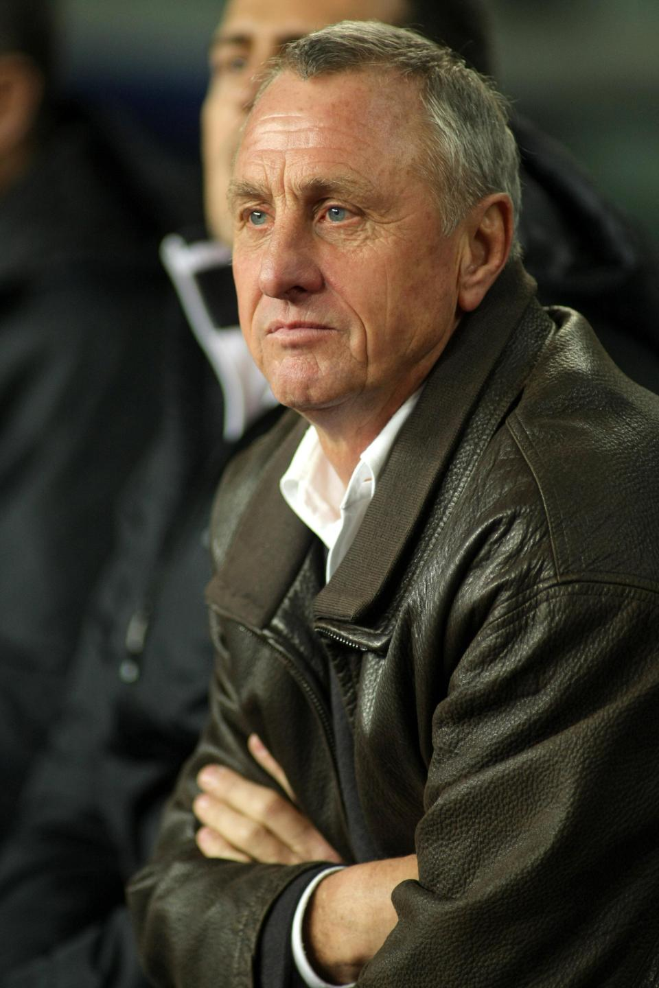 Catalonia coach Johan Cruyff on the bench during the friendly match between Catalonia vs Argentina at Camp Nou Stadium on December 22, 2009 in Barcelona. Photo: Shutterstock.com