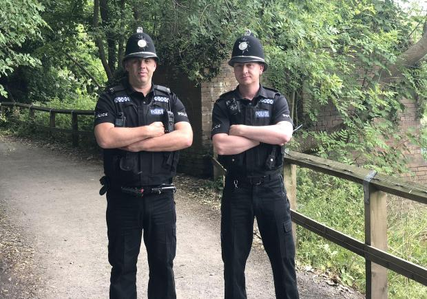 Durham Police of PC Gary Thompson and PC Steven Franklin who caught the naked runner.