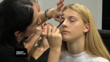 Watch: Pink fashion show is taking flight | Video: Chris Sant Fournier