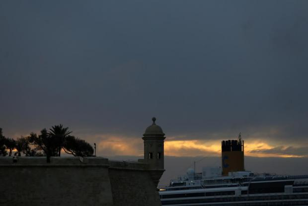The gardjola on Senglea bastions and a cruise liner are seen in Grand Harbour at sunset on November 24. Photo: Darrin Zammit Lupi