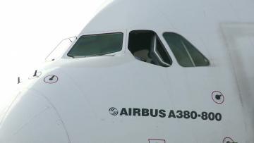 Airbus pulls plug on costly A380 superjumbo