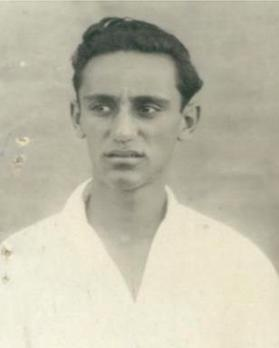 Passport application photo of Joseph Aquilina, aged 16. Courtesy of the National Archives of Malta