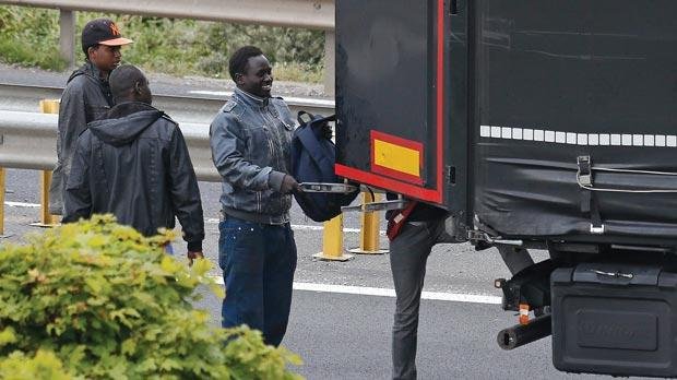 Eurotunnel Wants France Britain To Pay Migrant Costs