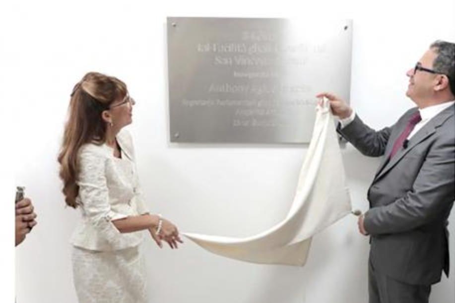 Former Parliamentary Secretary Anthony Agius Decelis inaugurating the new kitchen facilities.