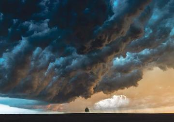 The cloud before the storm