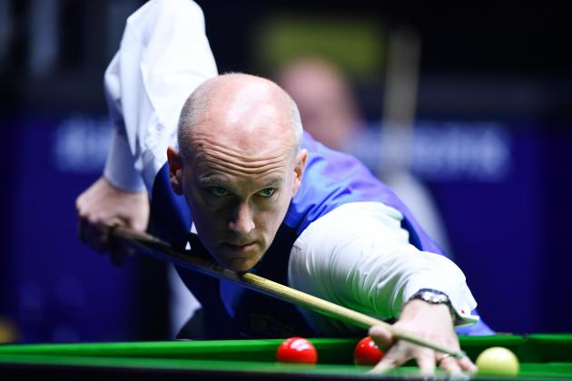 Former world snooker champion Ebdon quits to avoid spinal surgery