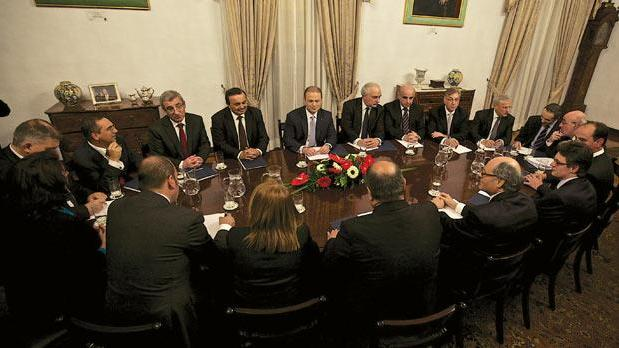 The ministers meeting in Cabinet.