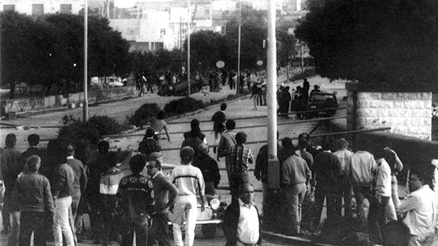 An overturned car at Tal-Barrani.