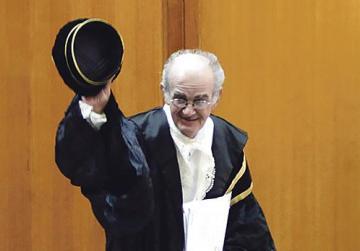 Judge receiving €23,000 as third pension