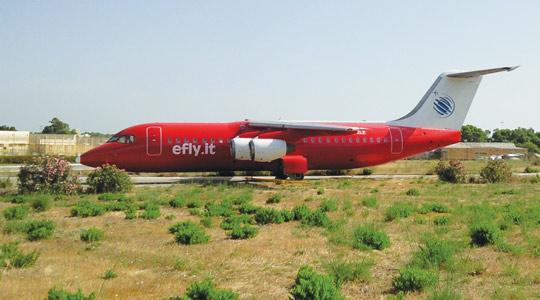 The British Aerospace 146-300 in Efly livery is grounded as the carrier remains without a licence.