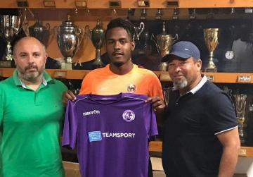 Nehemiah Perry Jr. unveiled as St Andrews' new player for next season.