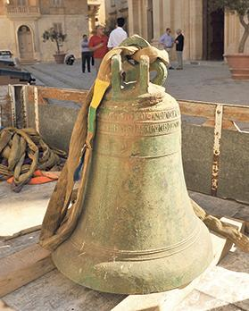 The old bell will be put on display in the Cathedral Museum.