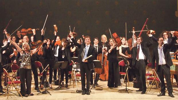The Ensemble Matheus performing under the direction of Jean-Christophe Spinosi (bottom).