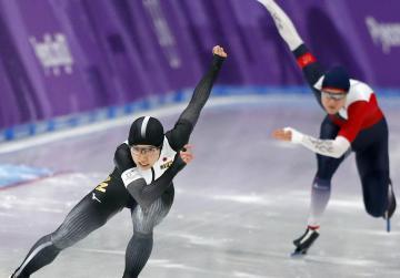Japan's Kodaira wins gold in women's 500m