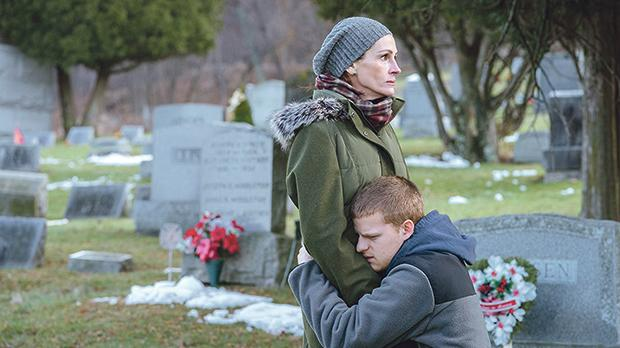 Julia Roberts and Lucas Hedges excellently portray a troubled mother-son relationship in Ben is Back.