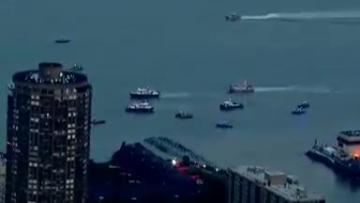 Pilot of vintage plane dies after crashing into NYC's Hudson River
