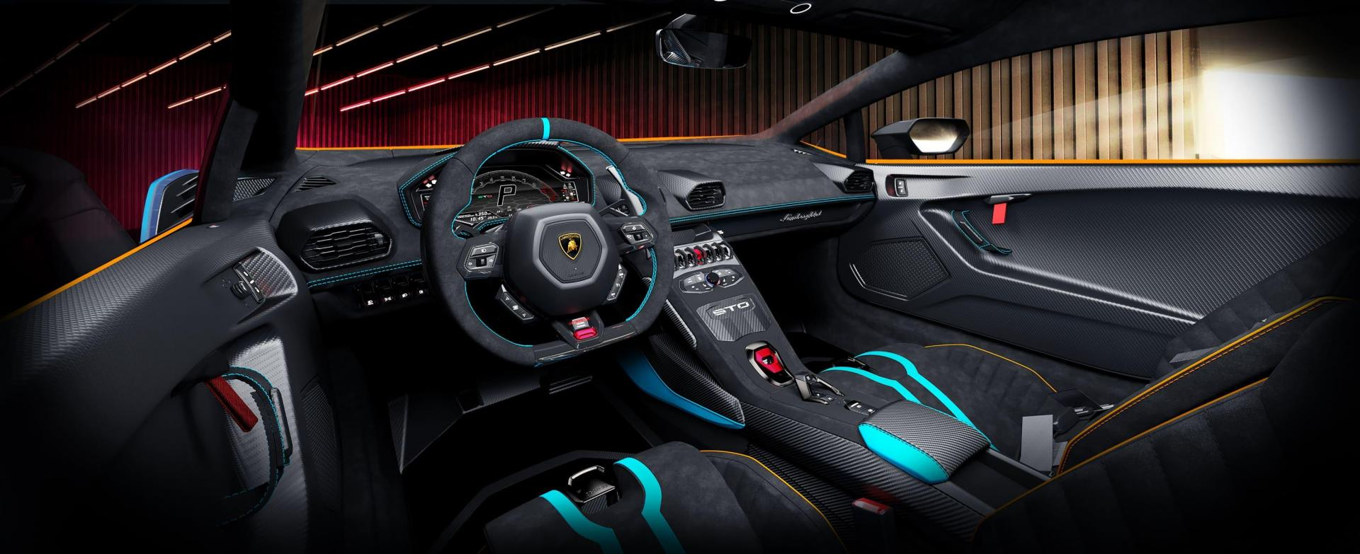 The interior of the Huracan features many lightweight materials.