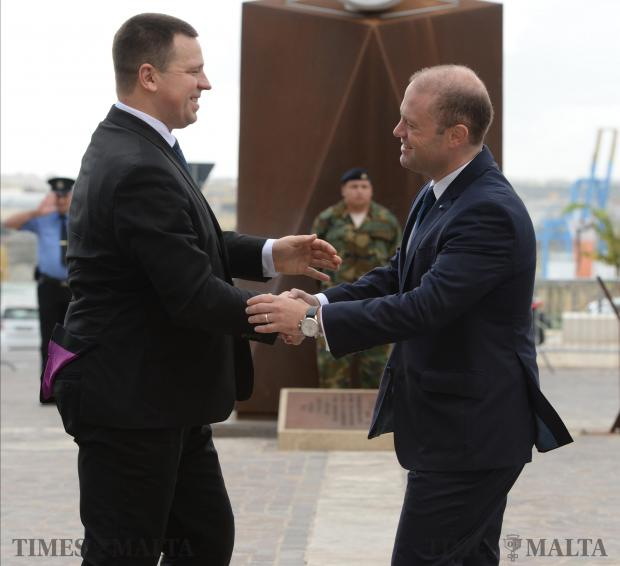 Estonian Prime Minister Jüri Ratas (left) is greeted by Joseph Muscat outside Castille on November 13. Photo: Matthew Mirabelli