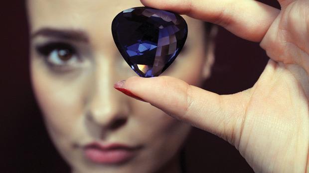 Precious Gemstones To Go Under The Hammer