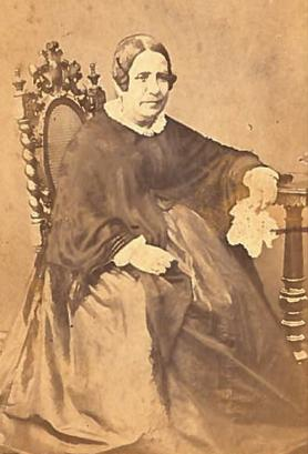 Portrait of a lady , c. 1850, by Leandro Preziosi, the earliest Maltese photographer. Author's collection