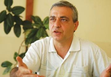Archbishop proposes solution over Fr Mark Montebello's 'censorship'