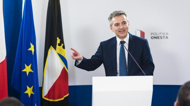 Former Opposition leader Simon Busuttil called Keith Schembri corrupt during a Panama Papers protest in 2016.