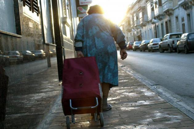 Pensions at a crossroads – Louis Cilia