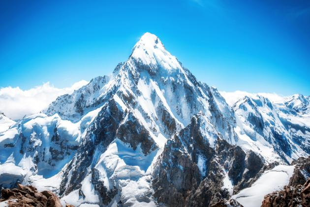Young Maltese pilot to climb to Everest base camp for charity