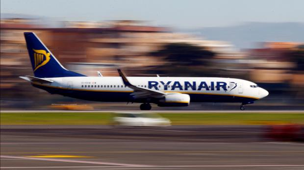 Ryanair posts record annual profit