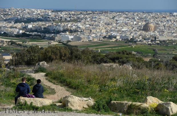 A couple enjoy a spot of lunch in Dwejra on January 22. Photo: Matthew Mirabelli
