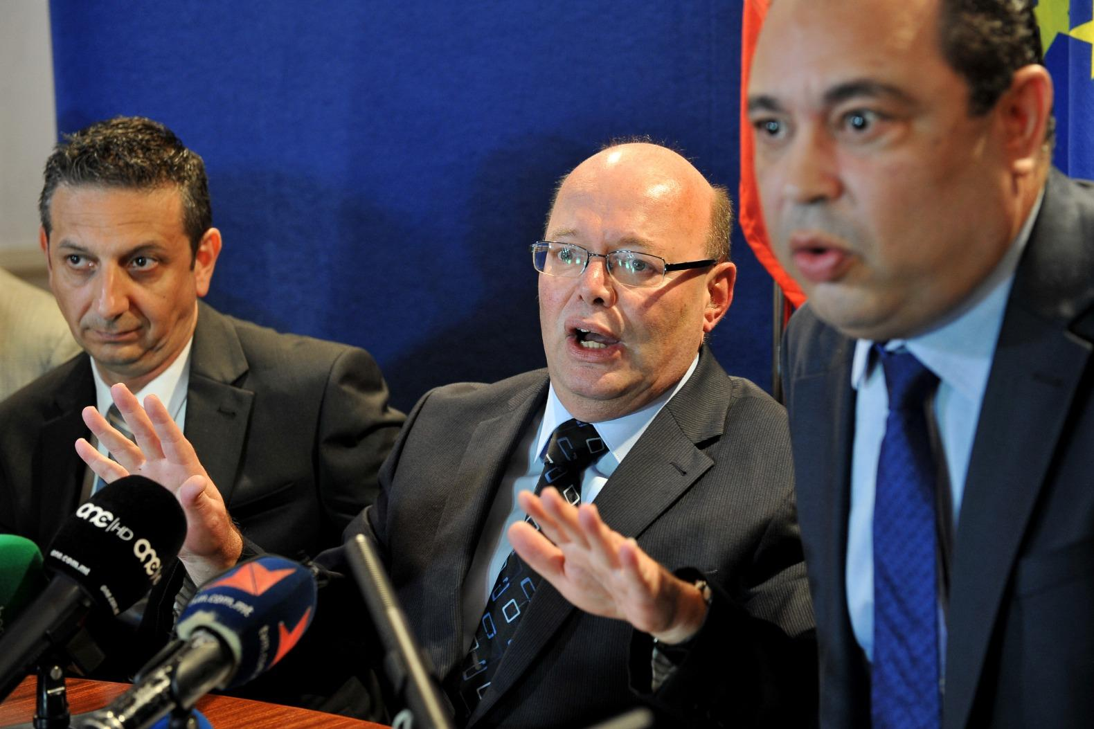 Silvio Valletta (right) with Police Commissioner Lawrence Cutajar in a news conference after the murder of Daphne Caruana Galizia.