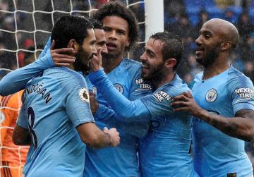 Watch: Liverpool and Man. City stroll